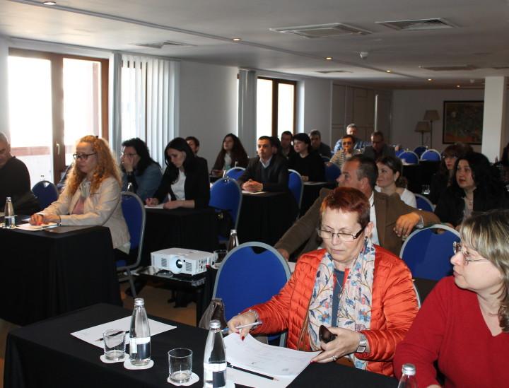 Обучение на служители от администрацията и членове на КЗД